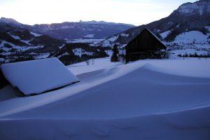 freiraumhuette_winter_talblick